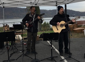 Andrew V Craig and Rich Dashnaw as part of the Riverarts Music Tour