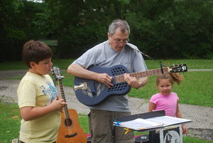 Phil Dollard plays the New Rochelle Farmers039 Market
