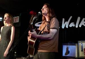 Linda Draper amp Fred Gillen Jr Perform as a duo