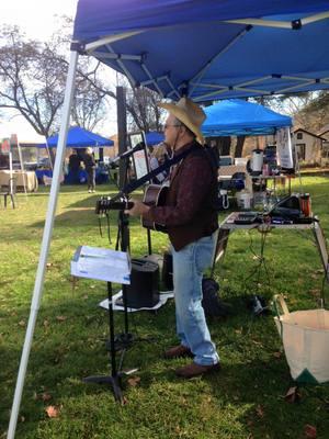Phil Dollard at the John Jay Homestead Farm039 Market