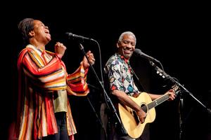 Kim amp Reggie Harris and Arlon Bennett amp the Healing Project