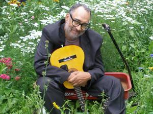 Vance Gilbert in Concert