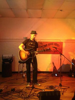 Curtis Becraft solo at Starving Artist Cafe