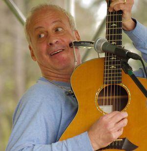Larry Kolker at the Hastings Flea